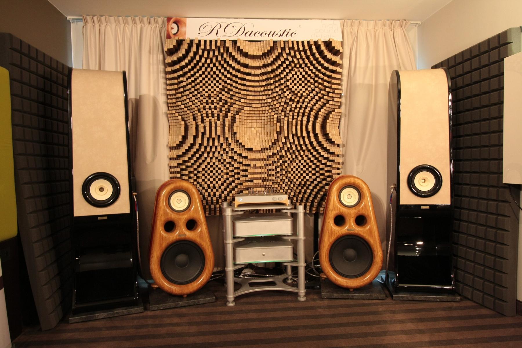 RDacoustic-speakers-AVS-Warsaw-2016-1