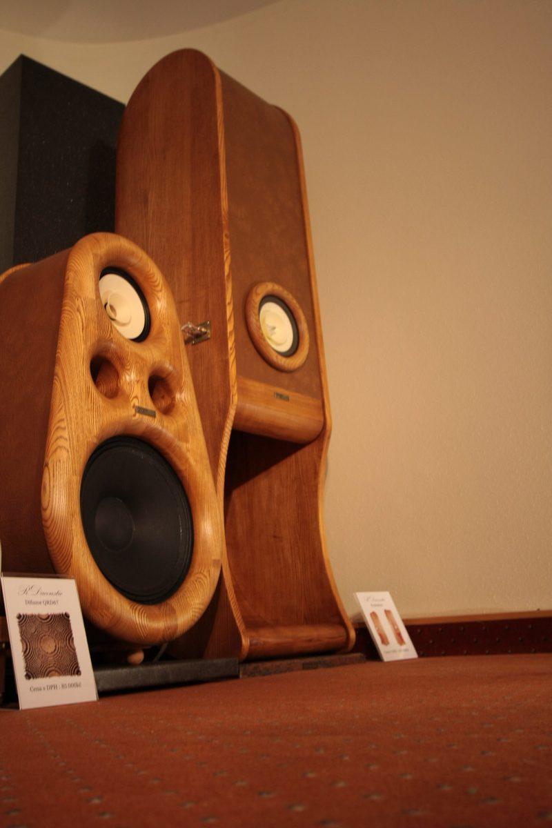 RDacoustic-speakers-AVS-Praha-2017-2-e1514301105457