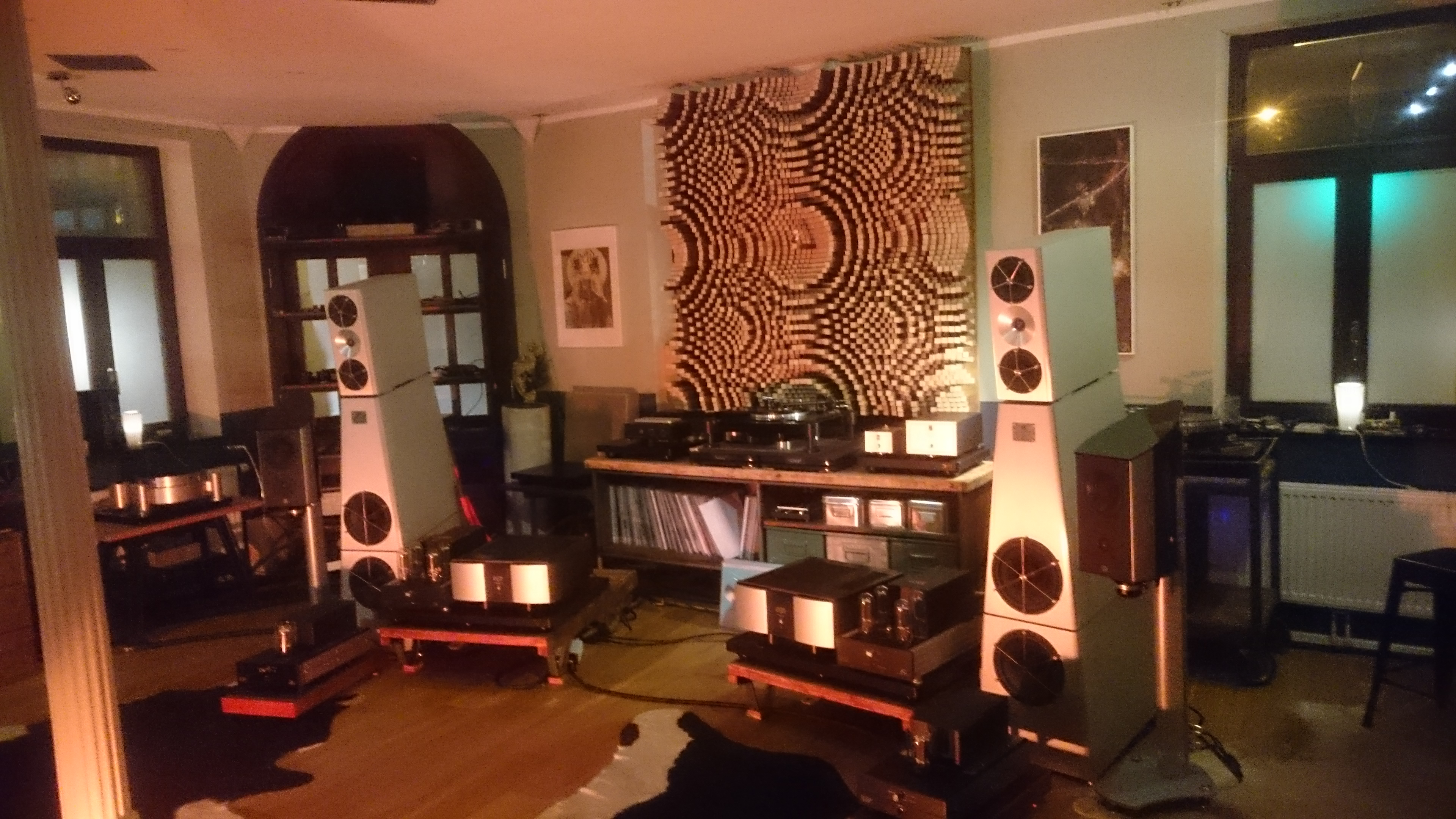 Acoustic diffuser QRD67 - RDacoustic customer installation